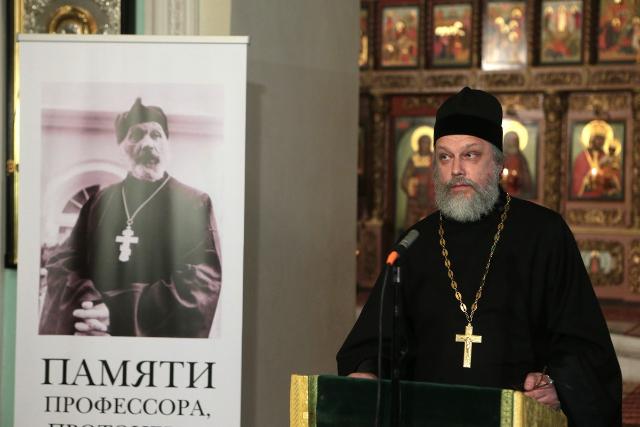 Священник Кирилл Каледа